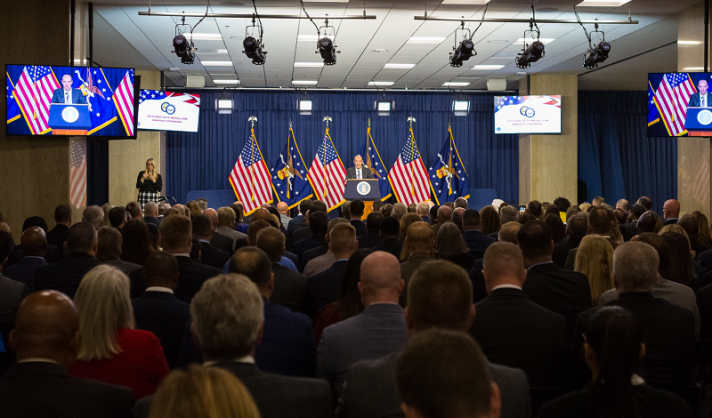Secretary Scalia delivers opening remarks at the HIRE Vets Awards ceremony on Nov. 6, 2019.