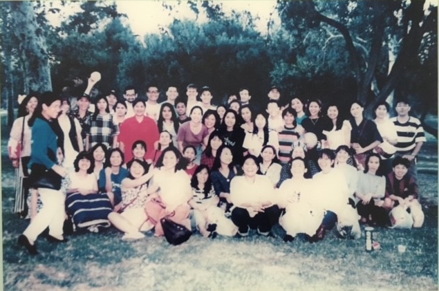 Group photo of the Thai workers